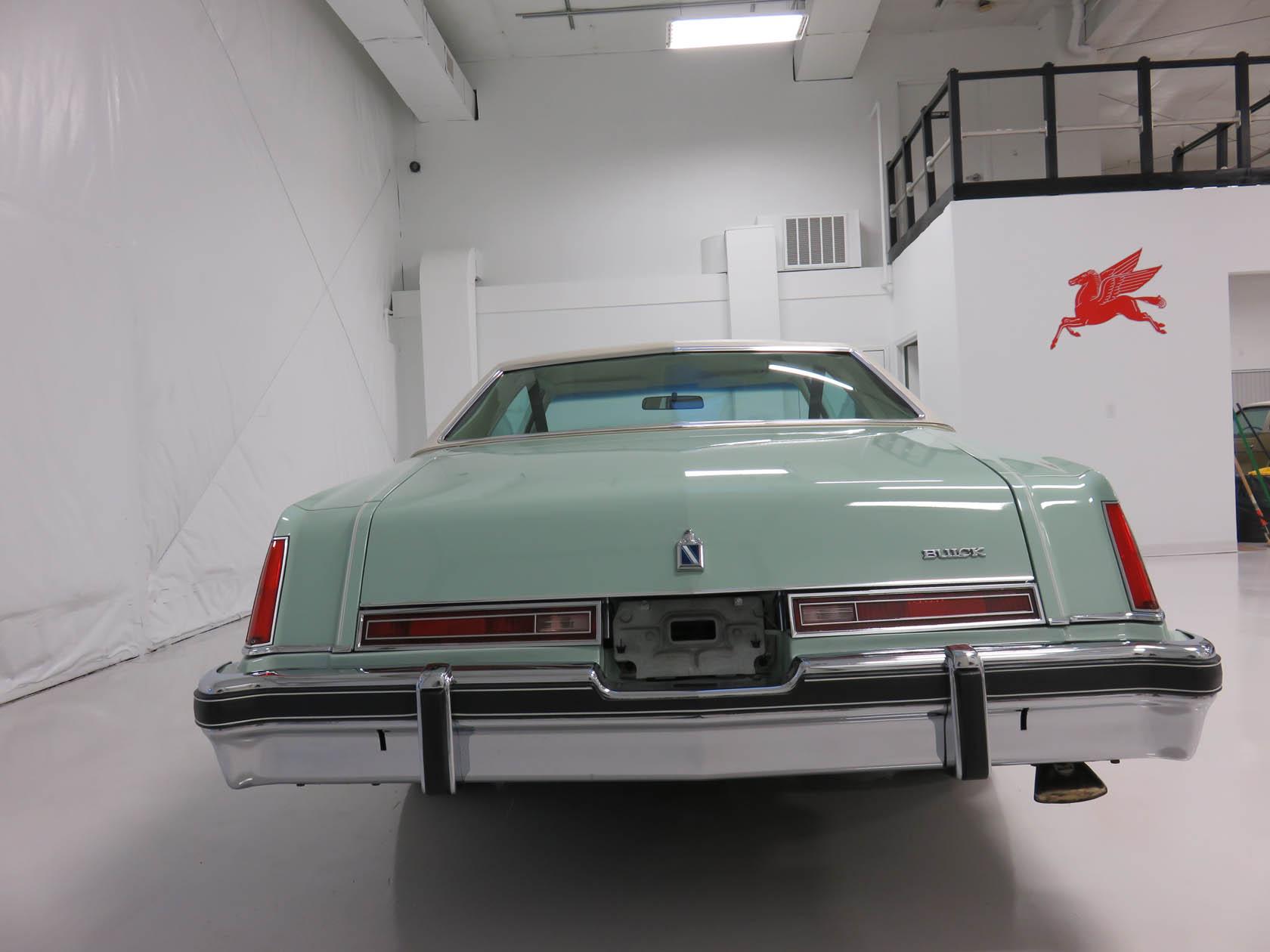 Michael Esposito - 1974 Oldsmobile Cutlasss Supreme 264