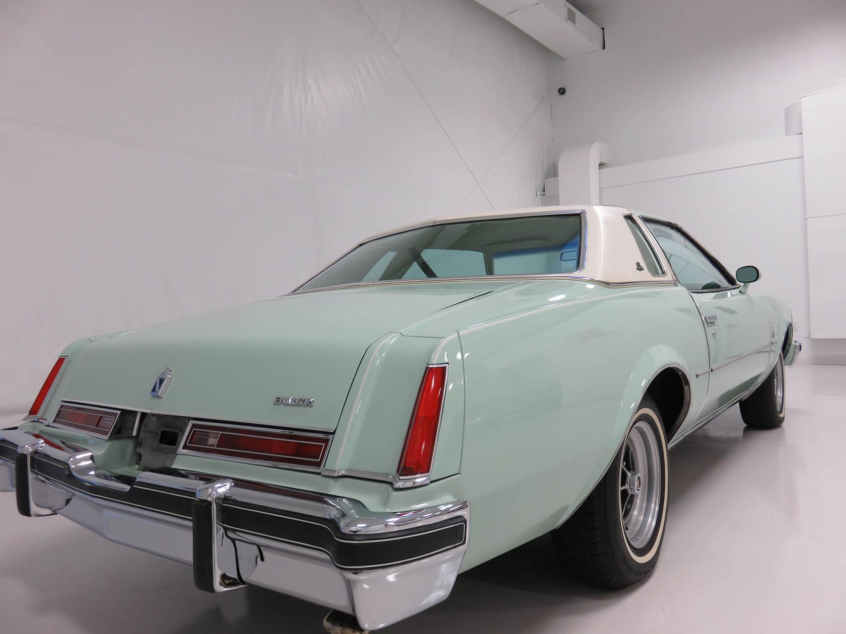 Michael Esposito - 1974 Oldsmobile Cutlasss Supreme 266