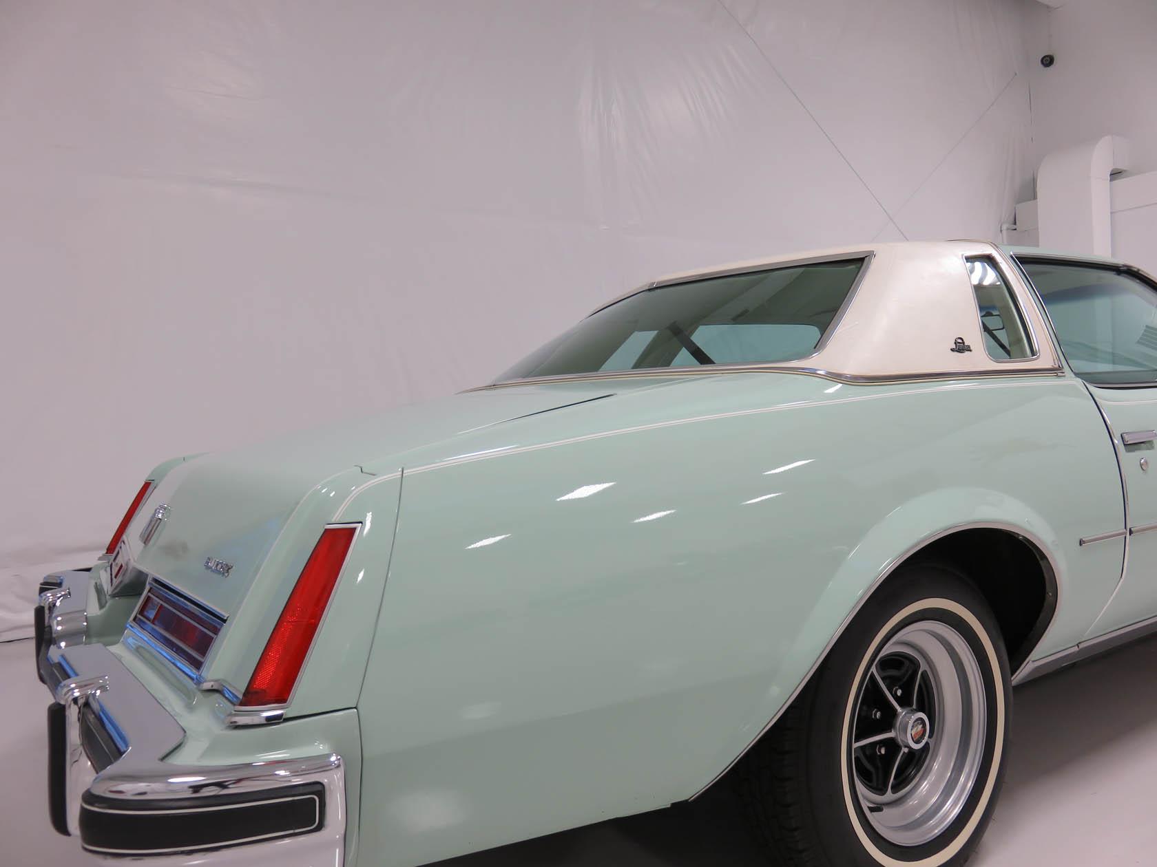 Michael Esposito - 1974 Oldsmobile Cutlasss Supreme 267