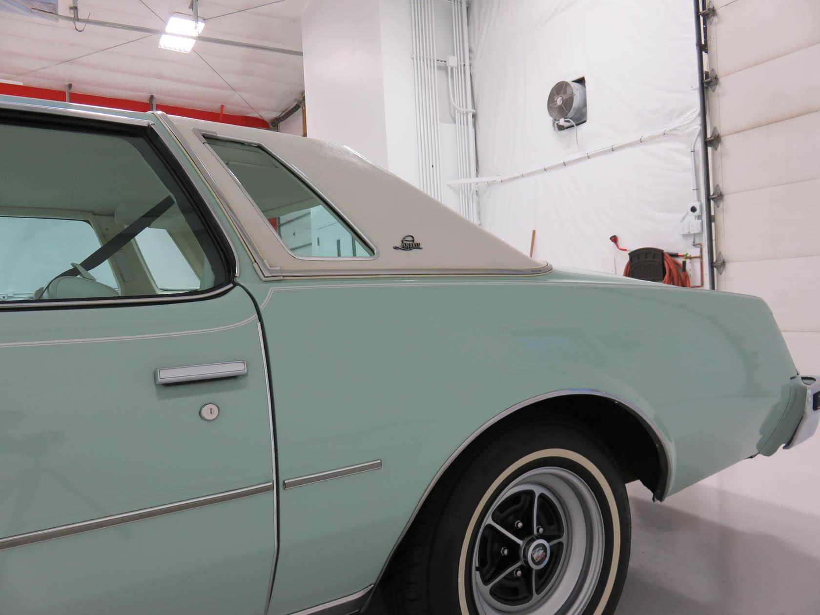Michael Esposito - 1974 Oldsmobile Cutlasss Supreme 288