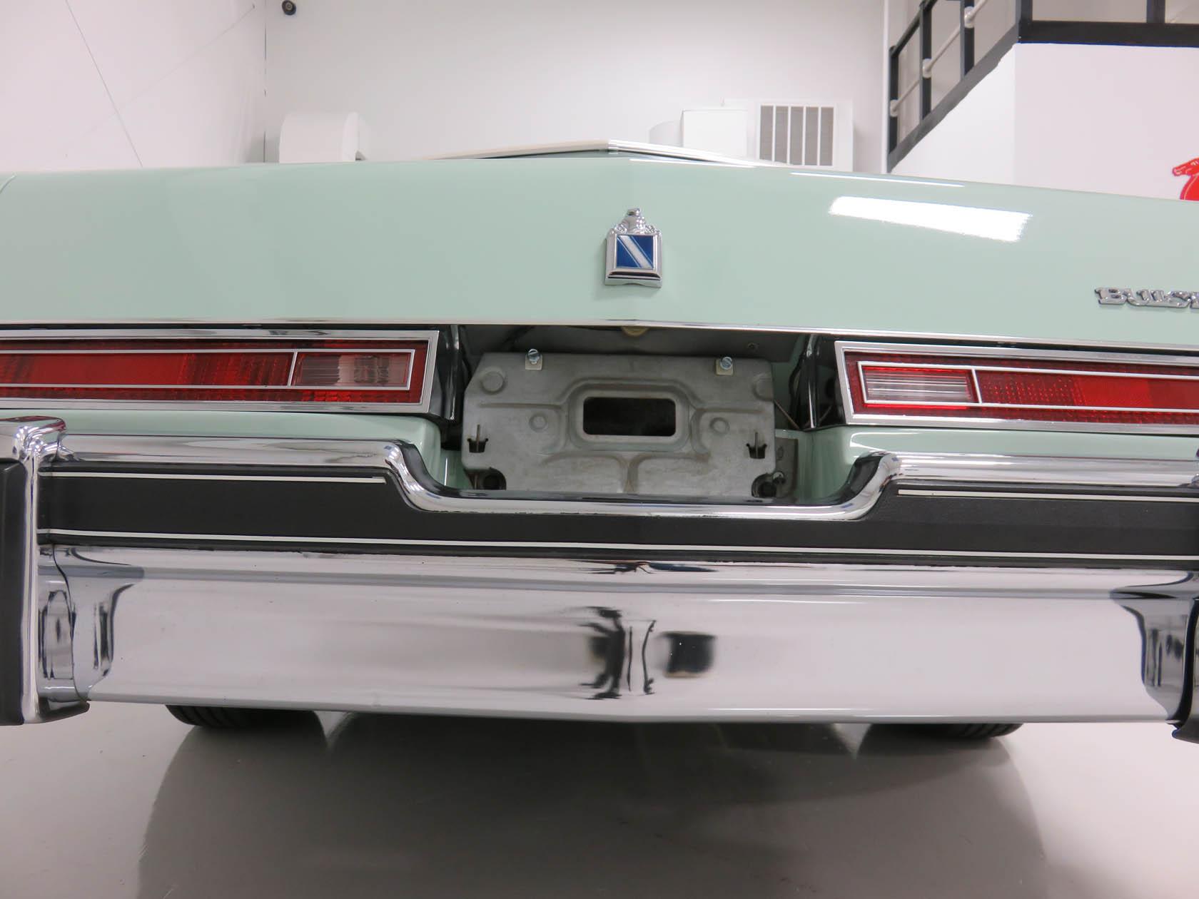 Michael Esposito - 1974 Oldsmobile Cutlasss Supreme 317