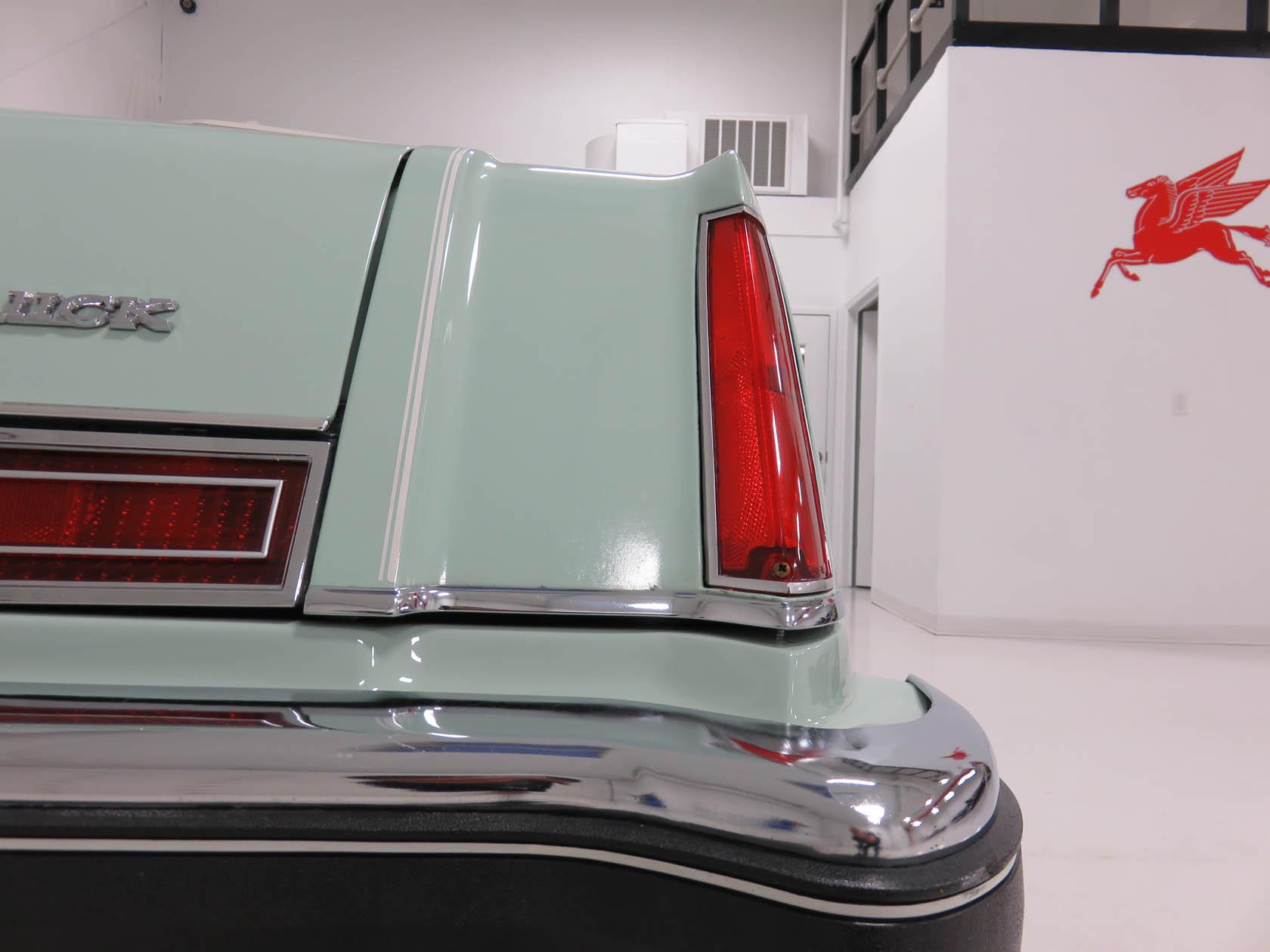 Michael Esposito - 1974 Oldsmobile Cutlasss Supreme 326
