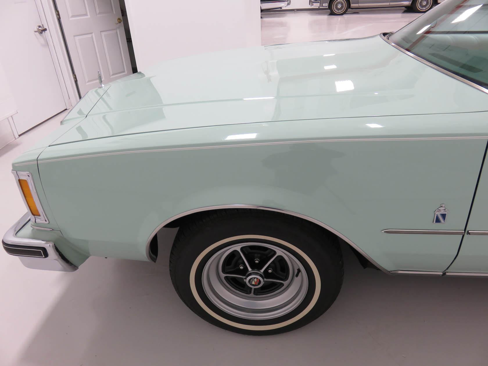 Michael Esposito - 1974 Oldsmobile Cutlasss Supreme 354