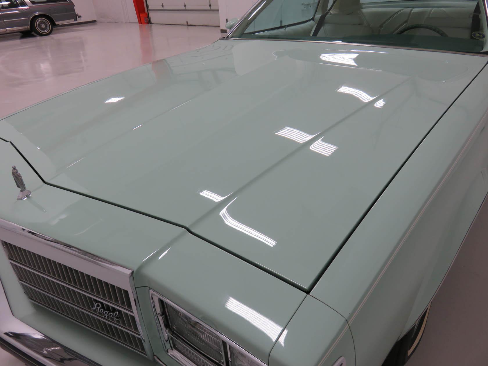 Michael Esposito - 1974 Oldsmobile Cutlasss Supreme 357