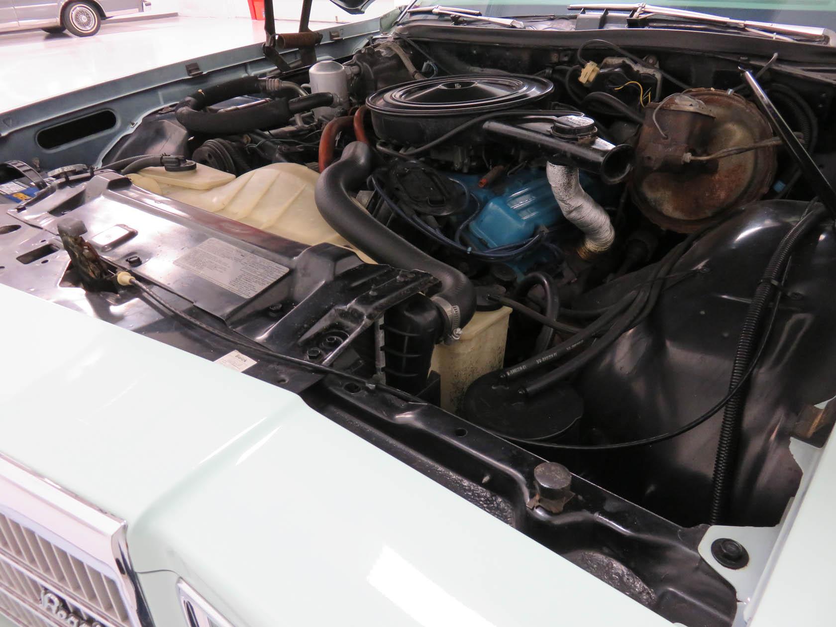Michael Esposito - 1974 Oldsmobile Cutlasss Supreme 386