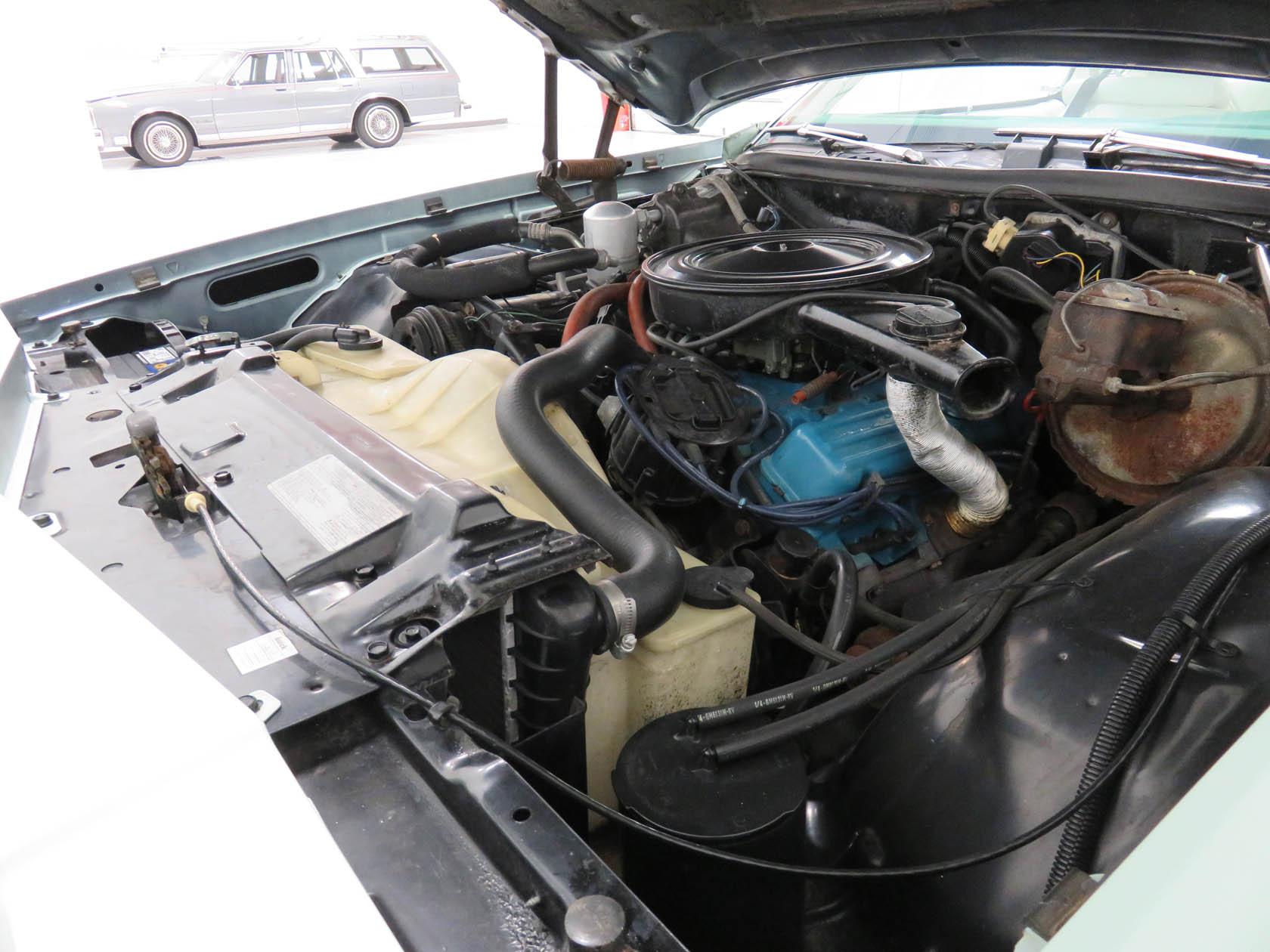 Michael Esposito - 1974 Oldsmobile Cutlasss Supreme 389