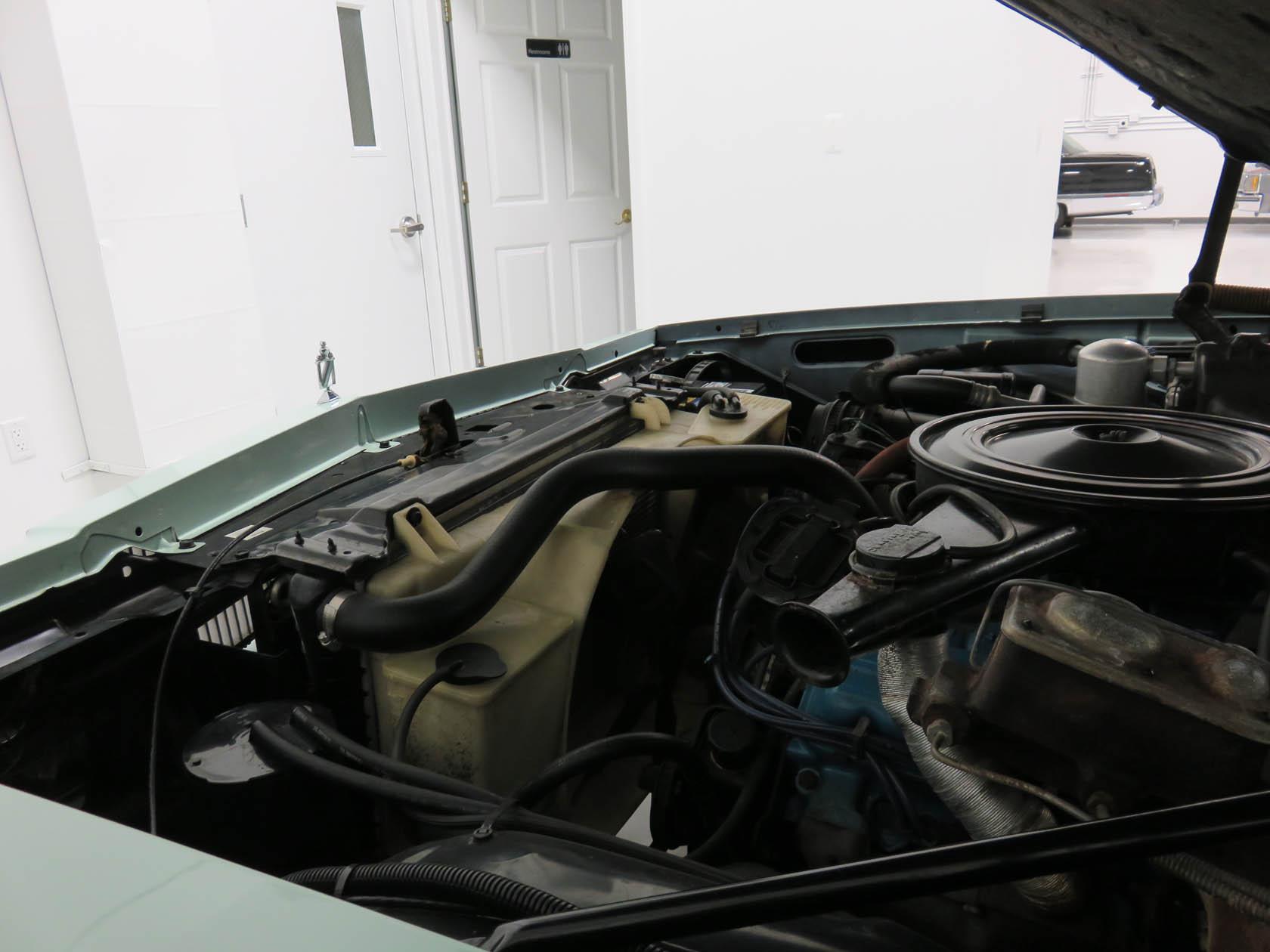 Michael Esposito - 1974 Oldsmobile Cutlasss Supreme 393