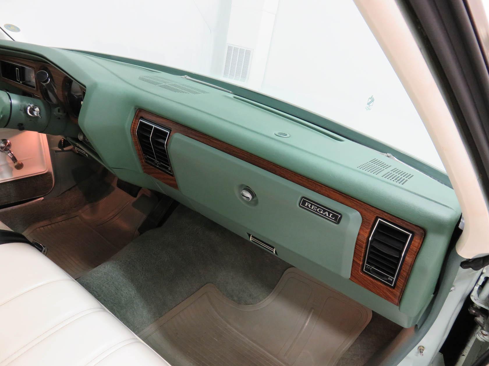 Michael Esposito - 1974 Oldsmobile Cutlasss Supreme 410
