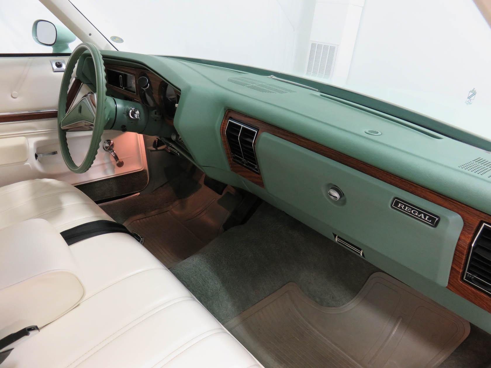 Michael Esposito - 1974 Oldsmobile Cutlasss Supreme 411