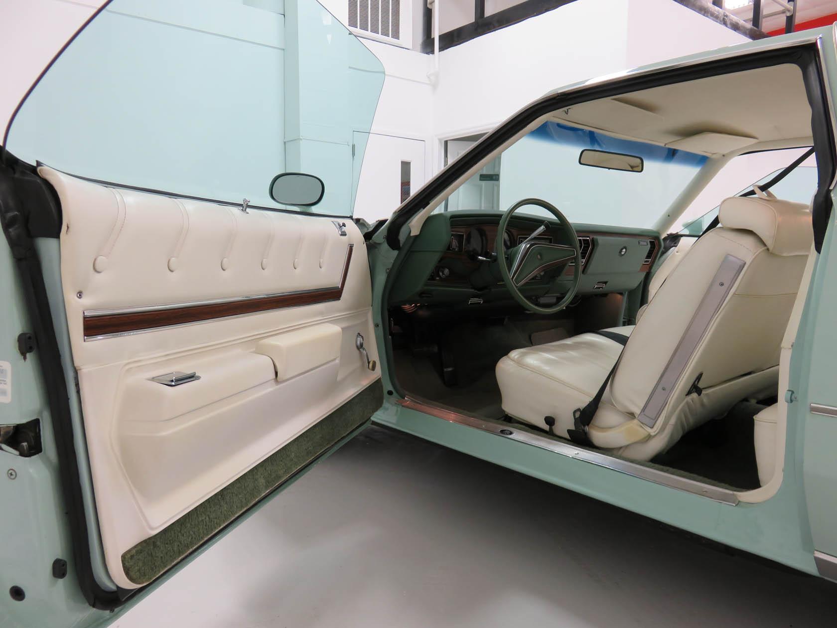 Michael Esposito - 1974 Oldsmobile Cutlasss Supreme 419
