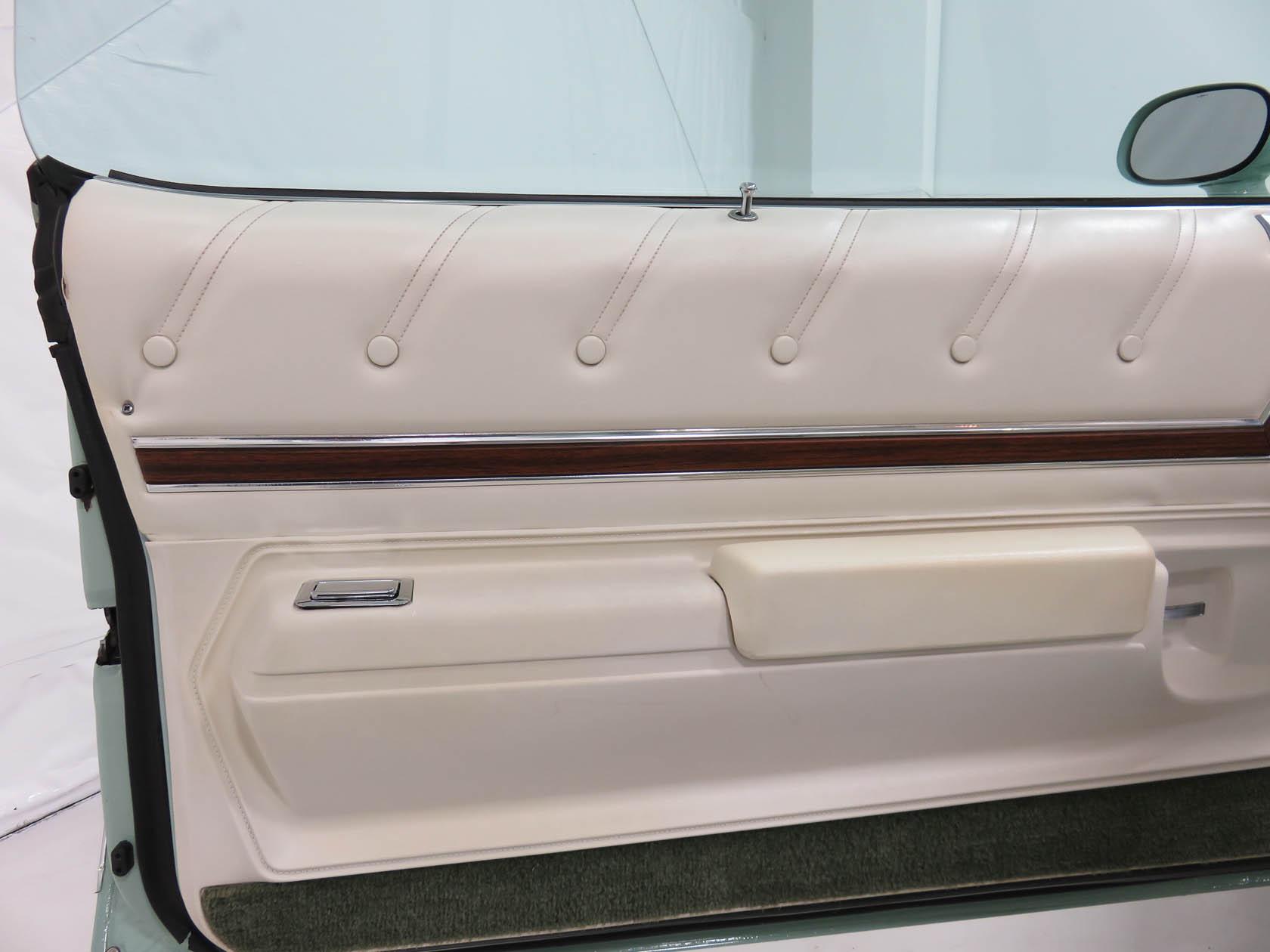 Michael Esposito - 1974 Oldsmobile Cutlasss Supreme 423