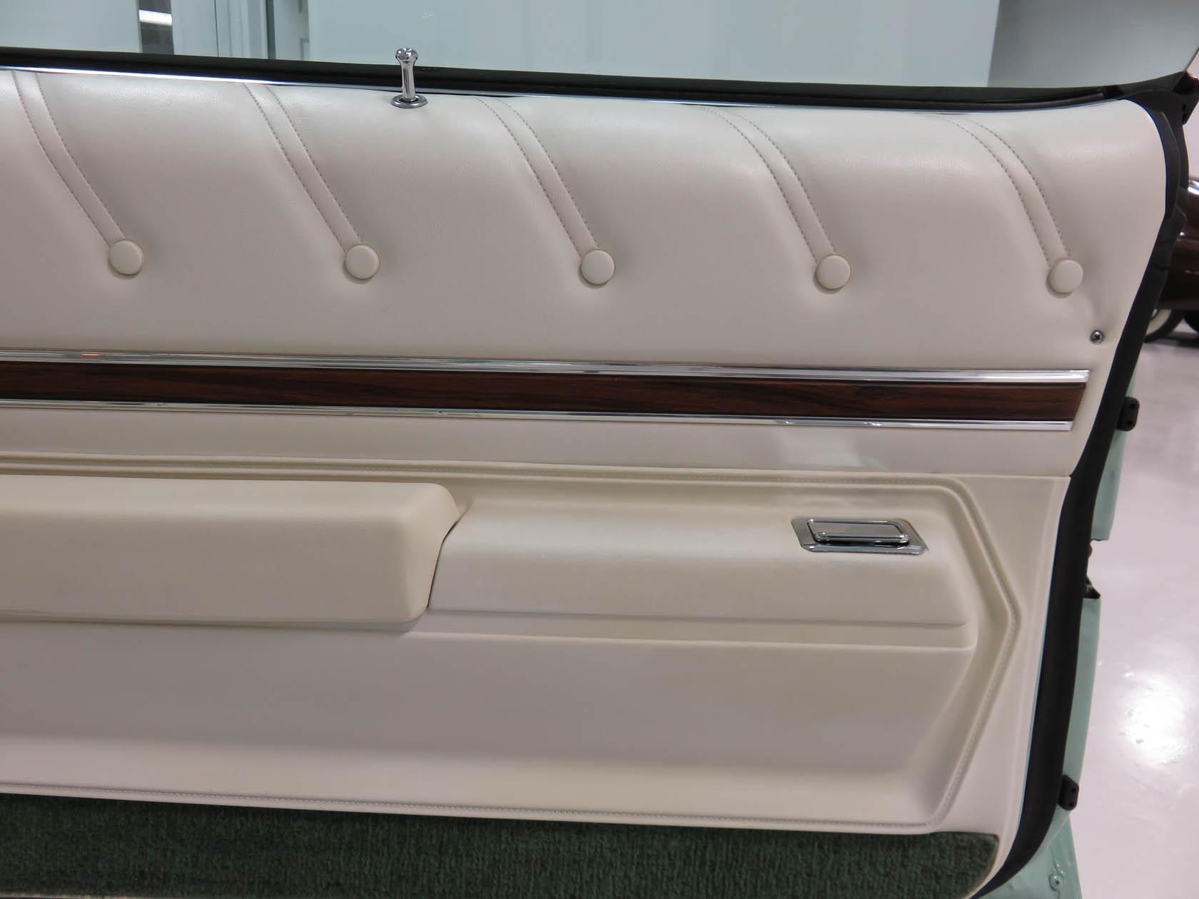Michael Esposito - 1974 Oldsmobile Cutlasss Supreme 431