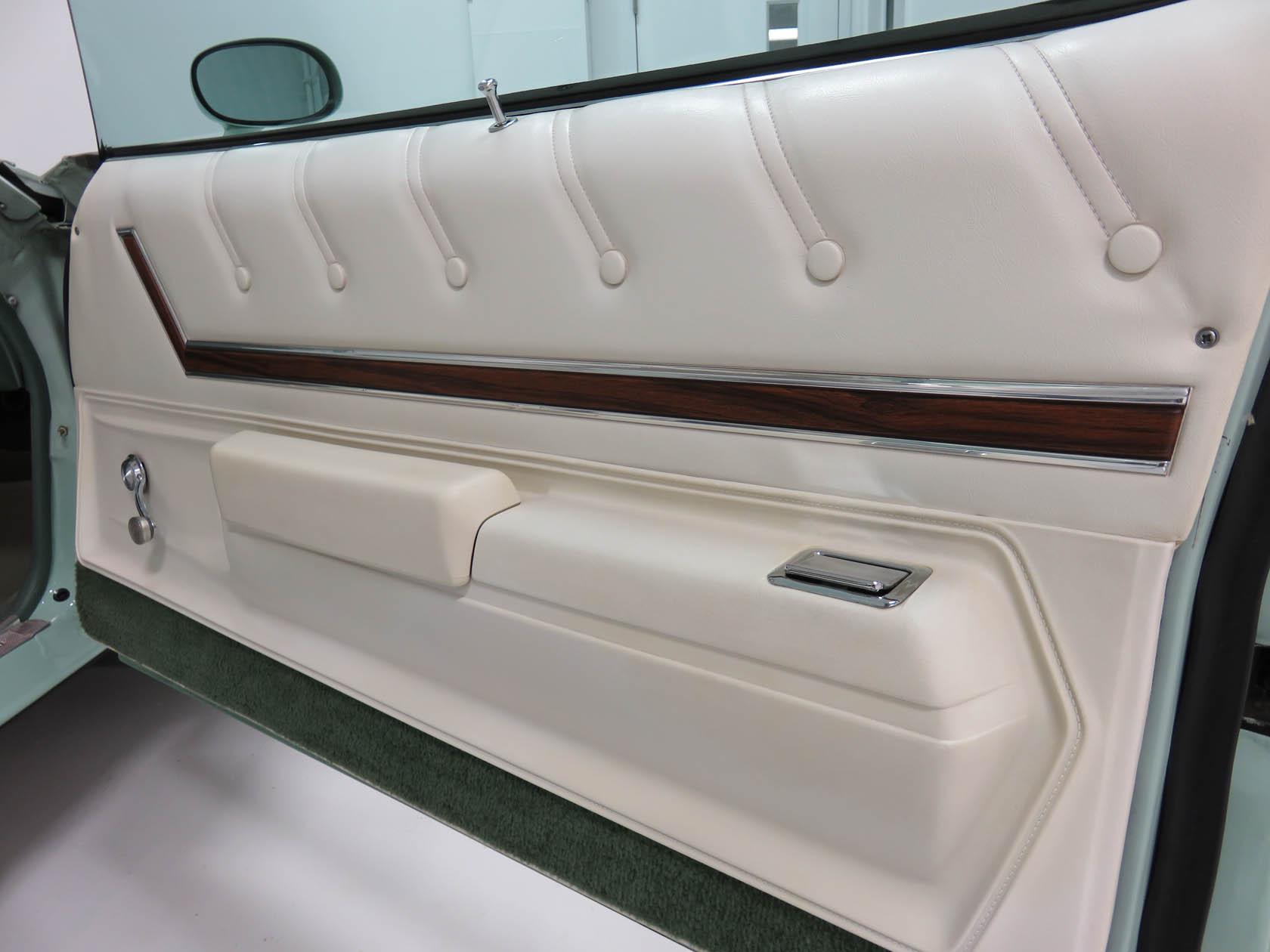 Michael Esposito - 1974 Oldsmobile Cutlasss Supreme 432