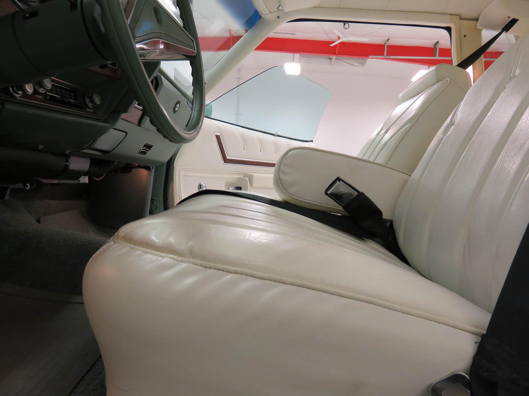 Michael Esposito - 1974 Oldsmobile Cutlasss Supreme 460