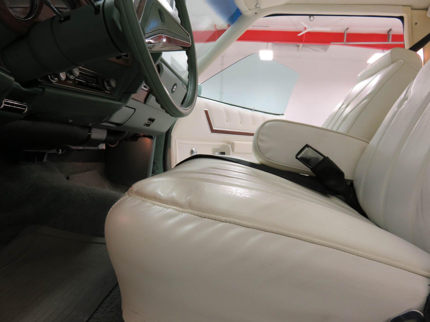 Michael Esposito - 1974 Oldsmobile Cutlasss Supreme 462