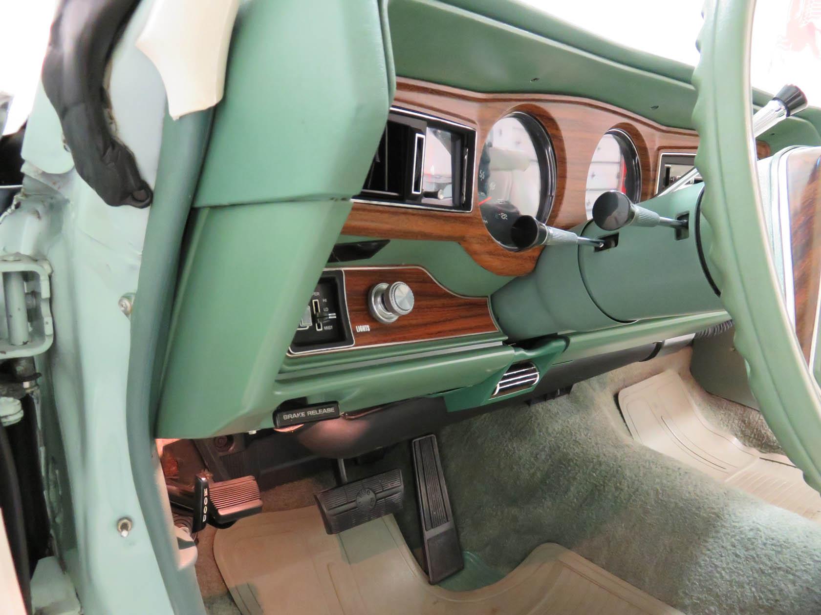 Michael Esposito - 1974 Oldsmobile Cutlasss Supreme 491