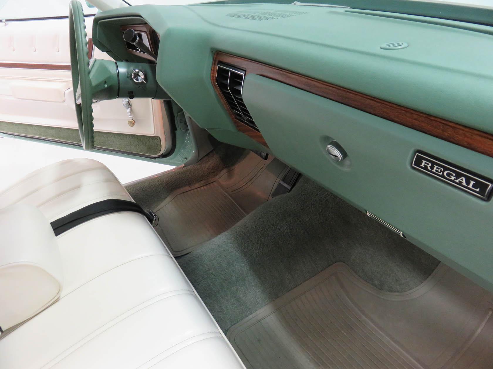 Michael Esposito - 1974 Oldsmobile Cutlasss Supreme 508