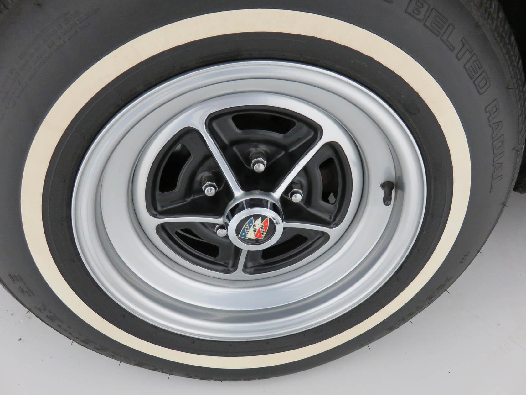 Michael Esposito - 1974 Oldsmobile Cutlasss Supreme 516